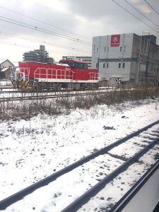 冬の列車イメージ。