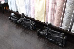大小3台のカメラ。当店初の大掛かりなロケでした